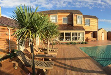 coastal-house-swimming-pool