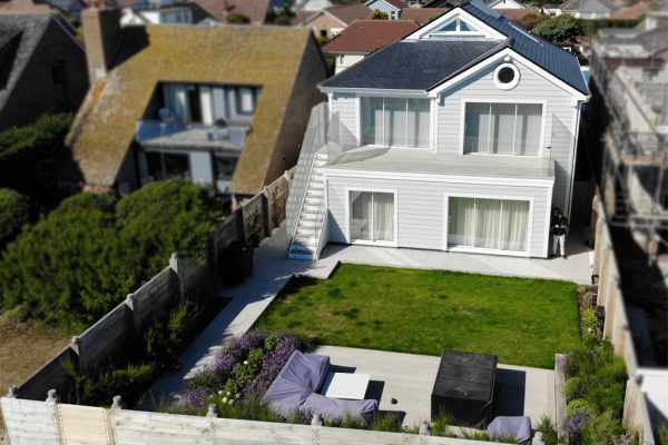 newbuildbesboke-house-on-seafront